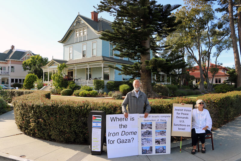 gaza-protest-epworth-by-the-sea-santa-cruz-west-cliff-millionaires-row